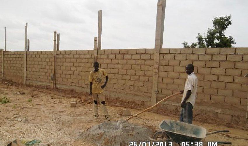 Muro di recinzione: aggiornamento 26 luglio 2013-1