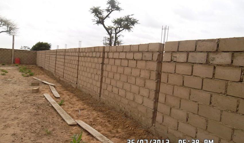 Muro di recinzione: aggiornamento 26 luglio 2013-2
