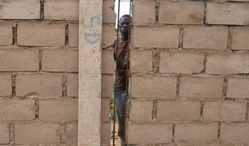 Muro di recinzione: aggiornamento 26 luglio 2013-3